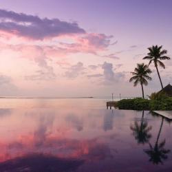 Authentic Properties : Four Seasons Resort Maldives at Kuda Huraa