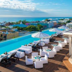 Spectacular Pools: The Fives Downtown Hotel and Residences